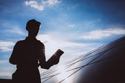 Apple registra patente relacionada à energia solar e inovação deve aparecer no Apple Car