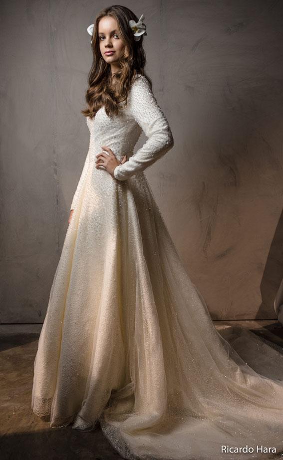 Carol Hungria revela as Top Trends para os vestidos de noiva e festa direto de Paris