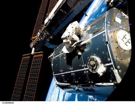 Columbus: 10 anos no espaço, quase 60.000 órbitas terrestres e 1.800 experimentos