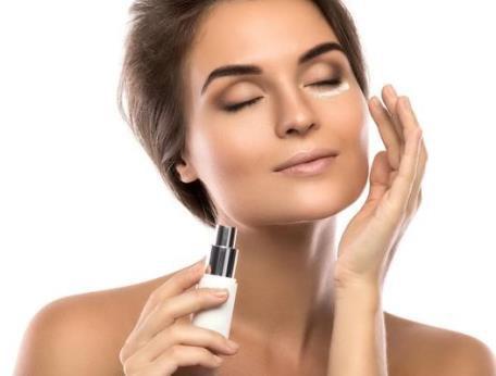 Afinal, é preciso dar uma pausa no skincare para a pele descansar?