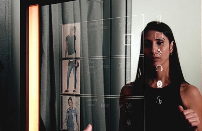 Espelho interativo para o varejo é destaque na Couromoda 2020