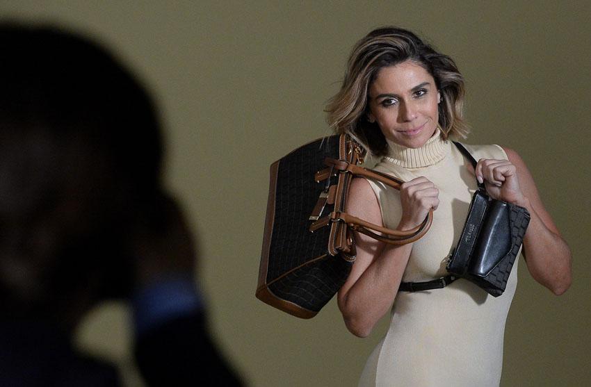 Making of Giovanna Antonelli para Corello