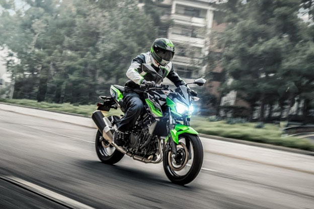 Kawasaki Z400: entrada na Linha Z ganha um novo patamar