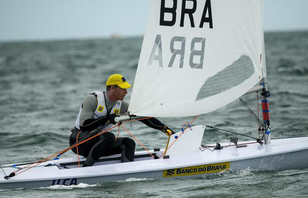 Scheidt ganha posições no Campeonato Mundial da Classe Laser