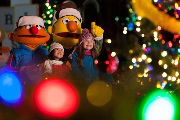 SeaWorld Orlando tem novo desfile durante a Christmas Celebration