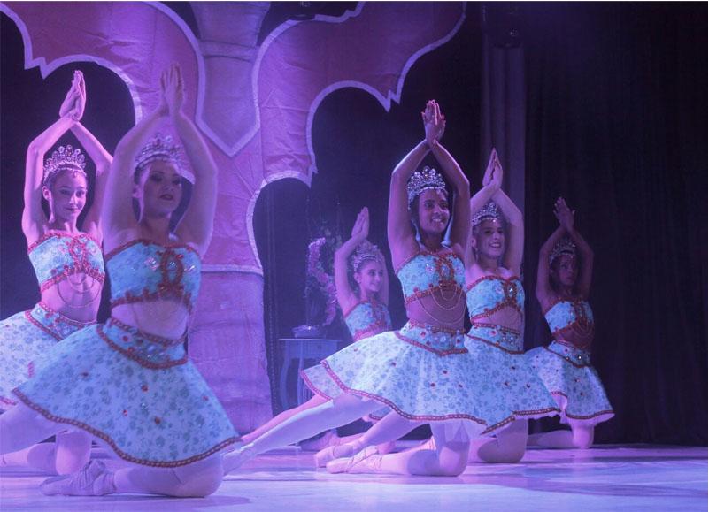 Studio de Dança Cynthia Denadai vai se apresentar em palco da Disney