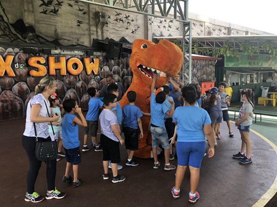 T-Rex Park abre as portas para convidados no Dia Internacional das Pessoas com Deficiência