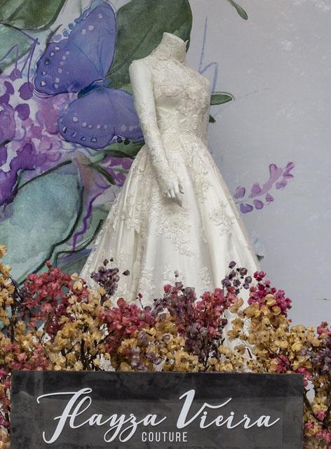 Vestido de noiva exclusivo desenvolvido pela estilista Flayza Vieira
